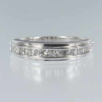 Diamant Carree in Weiss Gold Ring (R-17048)