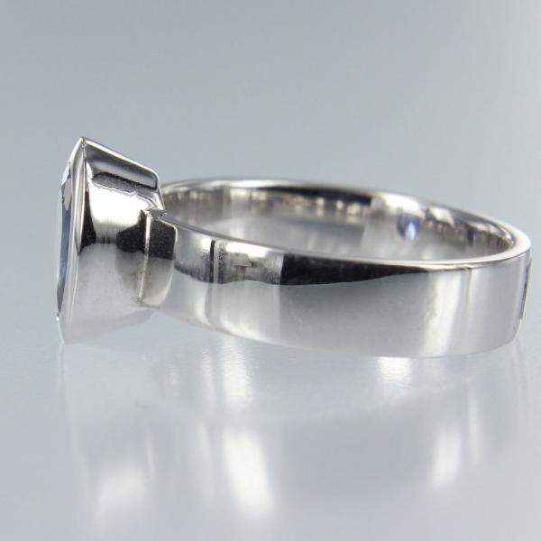 Tansanit Oval in Weiss Gold Ring (R-17004)